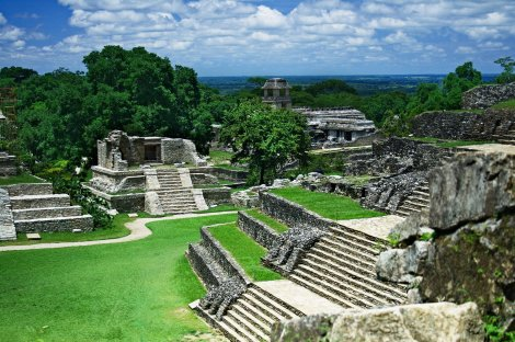 Palenque_ruins_web
